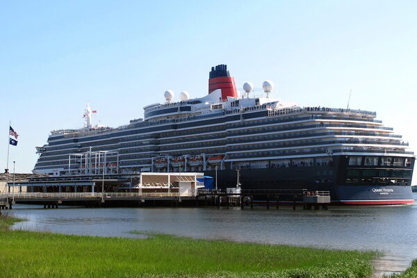 Top travel deals to take advantage of before they expire for Best cruise to take