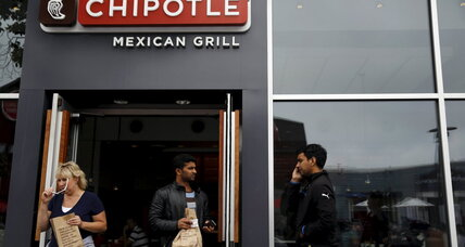 Why Chipotle's 4,000-worker hiring blitz isn't all good news (+video)