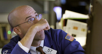 After initial gains, stock market loses another 200 points