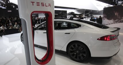 Driver blows past Tesla's mileage rating, cruising 452 miles on one charge