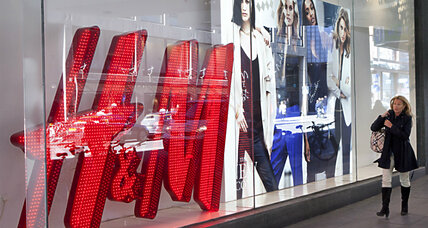 H&M offers $1.16 million for clothing recycling ideas