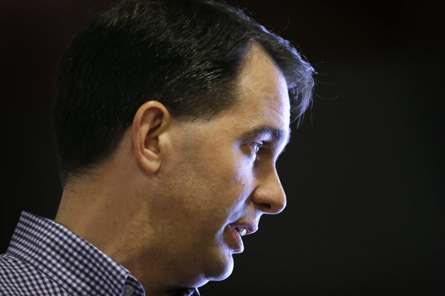 ee0fa9d4ca41ee Scott Walker says a US-Canada wall is  a legitimate issue.  Is he right