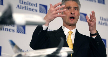 United Continental names new CEO amid ongoing investigation