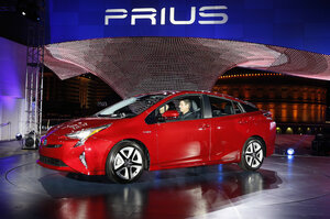 2016 Toyota Prius Has A Sleek New Look And 55 Mpg