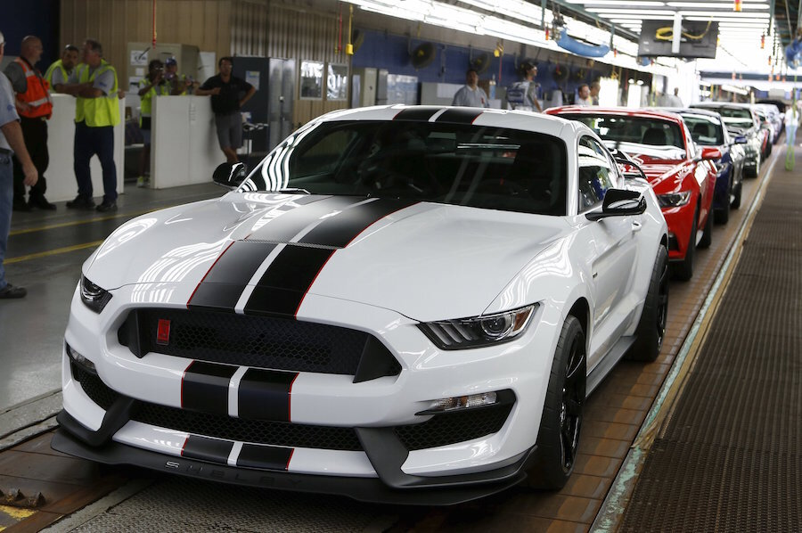 Ford Shelby Gt Now Available With Mustangs Ecoboost Engine