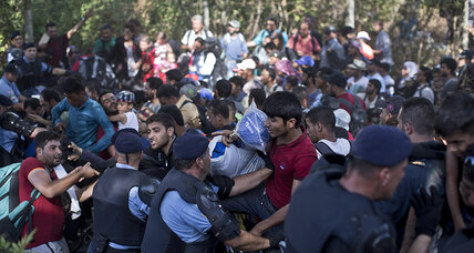 Croatia sees thousands of migrants stream across border with Serbia