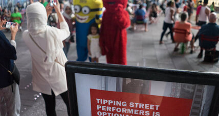 Times Square 'desnudas': Will New York rein in topless street performers?