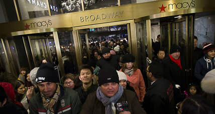 Holiday hiring binge: Macy's wants 85,000 new workers (+video)