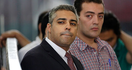Egypt frees two jailed Al-Jazeera journalists after presidential pardon (+video)