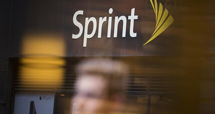 Sprint says it won't bid on 'beachfront property' spectrum next spring