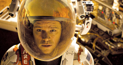 'The Martian' is entertaining but lacks awe