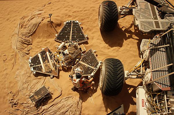 Nasa S First Mars Lander Makes A Cameo In The Martian