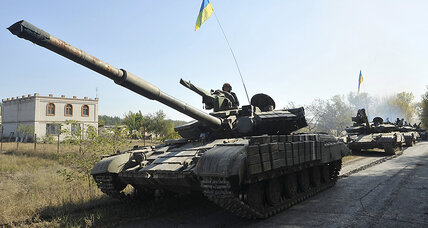 Ukraine creeping toward peace? Kiev, rebels pull back tanks, artillery