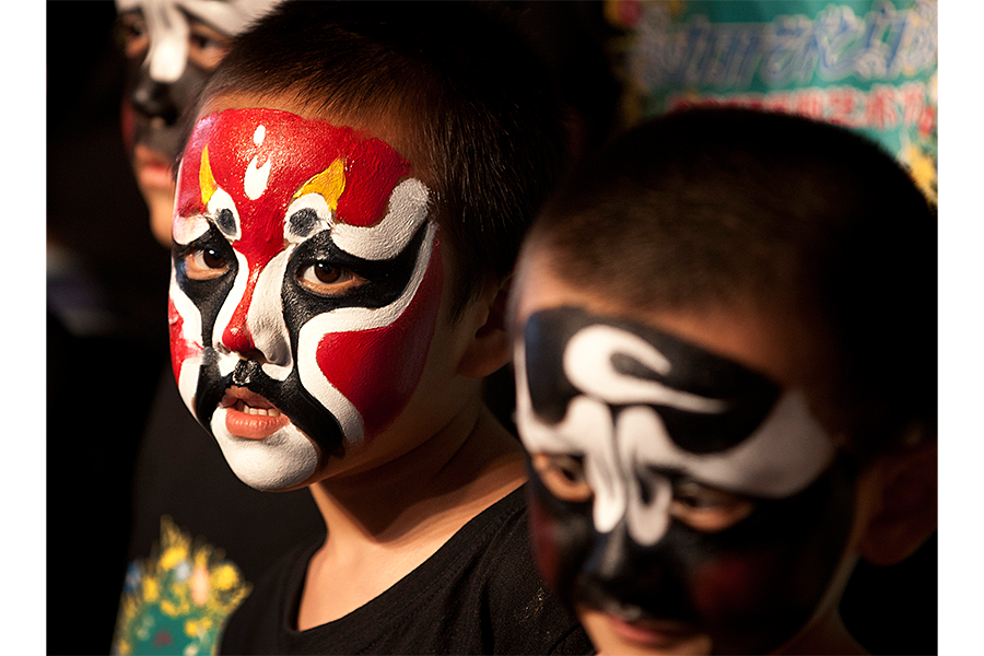 chinese made halloween makeup could be unsafe say advocates