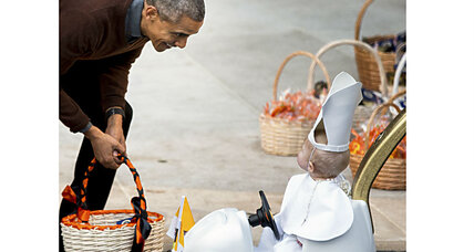 Baby in Popemobile takes honors at White House Halloween party