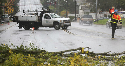 Deadly windstorm tears through US Northwest. First signs of El Niño?