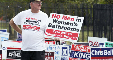 Houston 'bathroom bill': What it says about transgender issues in US (+video)
