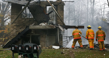 At least two dead after jet crashes into Ohio apartment building
