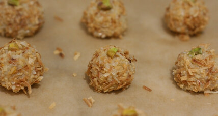 Coconut laddus for Diwali