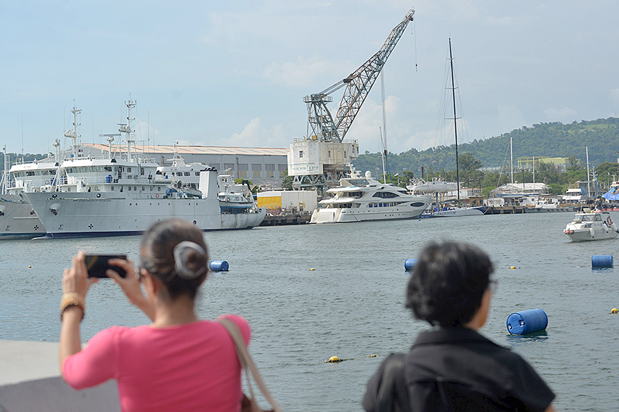 US Navy edges back to Subic Bay in Philippines – under new rules
