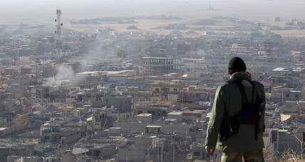 Kurdish forces retake towns in Iraq, Syria; dealing double blow to ISIS