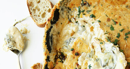 Thanksgiving appetizer: spinach artichoke dip