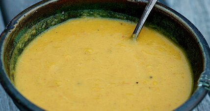 Thanksgiving starter: curried butternut squash soup