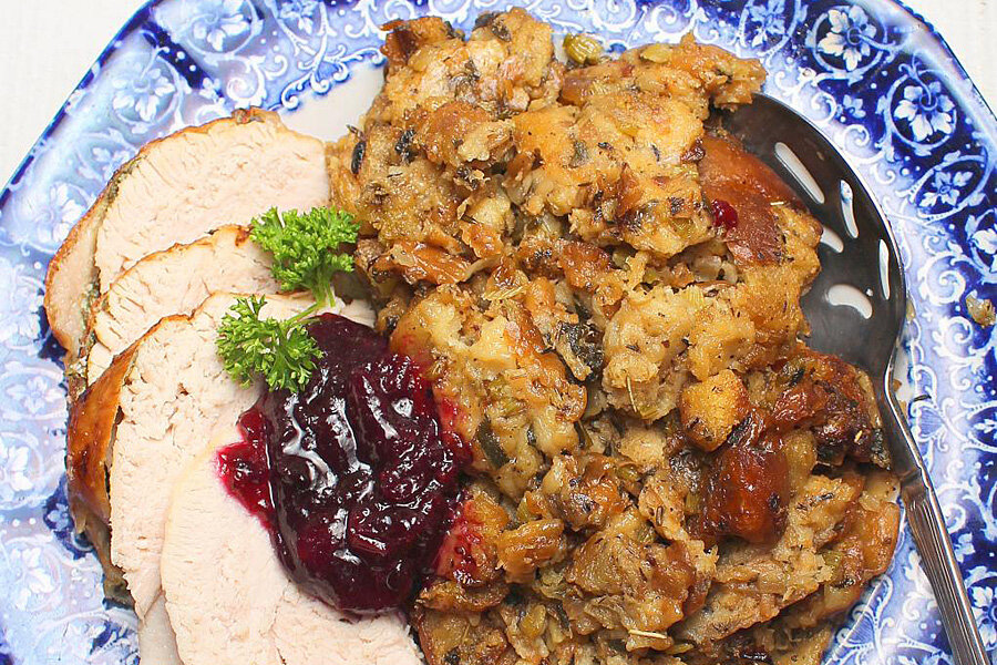Old Fashioned Bread Stuffing As Side Dish