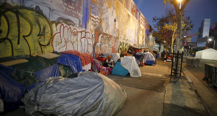 Los Angeles' homeless can now sleep in cars, but will that help? (+video)