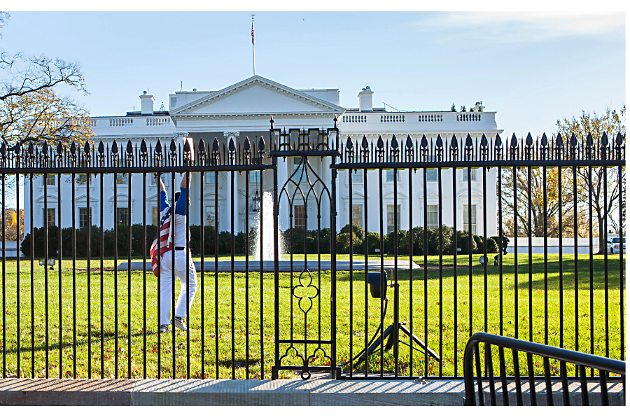 White House Fence Jumper Caught Should Those Spikes Be