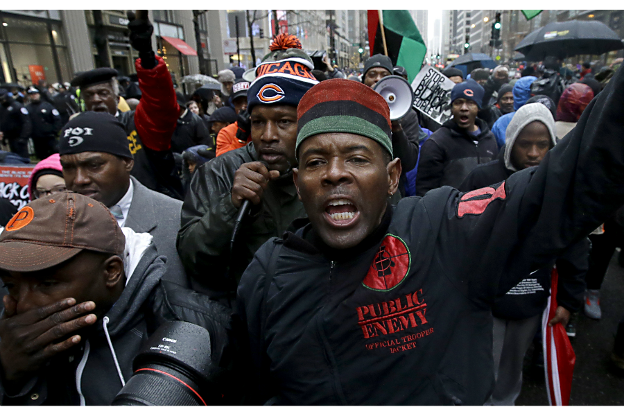 Chicago Black Friday Protests Test Power Of New Civil Rights Movement Csmonitor Com