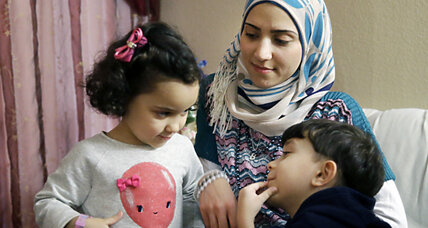 Texas sues to block Syrian refugees. Can it change federal policy?