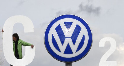 Volkswagen: Did automaker and Exxon pressure EU to ease regulations?