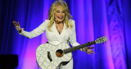 'Dolly Parton's Coat of Many Colors': Singer's life is adapted for small screen