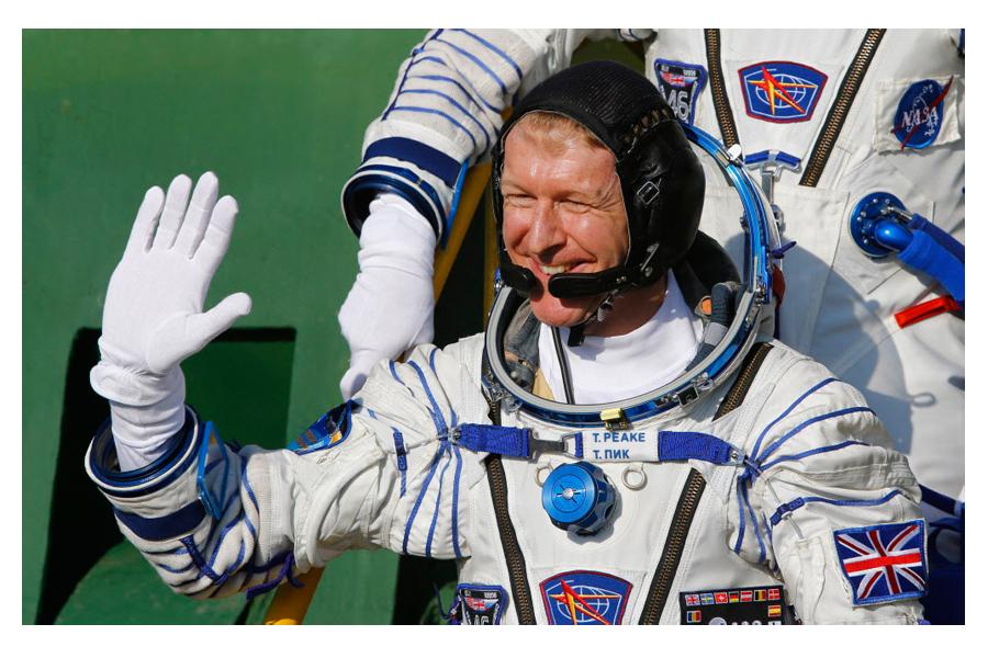 ground control astronaut - photo #41