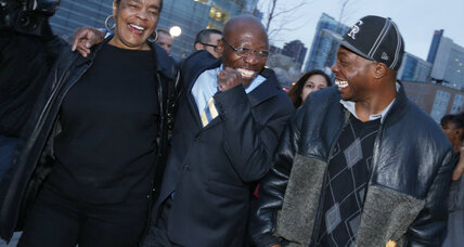 Curious case of Clarence Moses-El: Colorado man walks free after 28-years (+video)