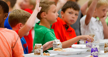 Lunch lady who gave hungry kid lunch gets all kinds of support