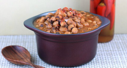 Slow-cooker Southern black-eyed peas