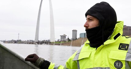 Missouri communities work to weather unusual winter floods