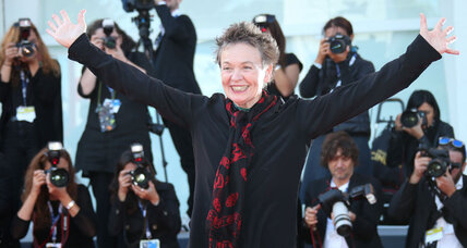 What does dog music sound like? Laurie Anderson is ready to show New York (+video)