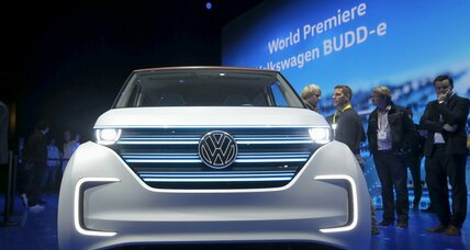 Volkswagen BUDD-e: all-electric family bus signals the automaker's future