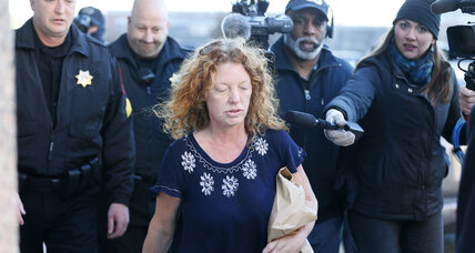 'Affluenza' mom makes bail, but not off hook for son's brazen flight (+video)