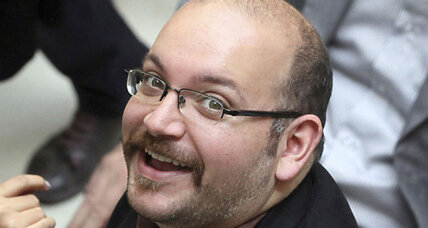 Iran releases five American prisoners, including journalist Jason Rezaian (+video)
