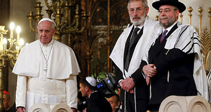 What does the Pope's synagogue visit mean for Jews and Christians?
