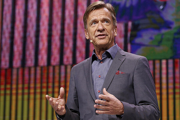 Håkan Samuelsson, Volvo's chief executive, believes driverless cars will threaten car insurers.