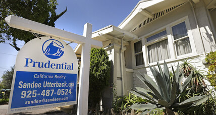 Homeowners are losing $13 billion a year by not refinancing their mortgages