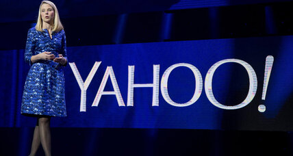 Yahoo to cut 1,700 workers as CEO tries to save her own job (+video)