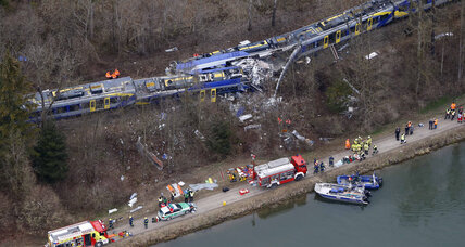 At least 9 dead after head-on train collision in Germany (+video)