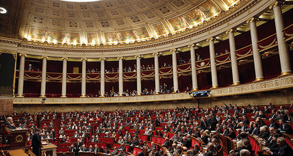 French anti-terror bill moves forward amid civil liberties debate