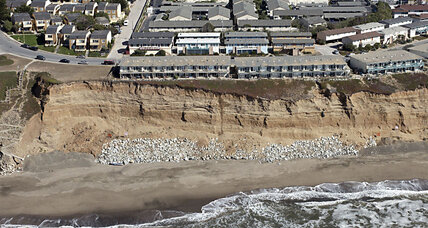 Living on the edge: Residents of crumbling Pacifica cliffs are 'fighting time'